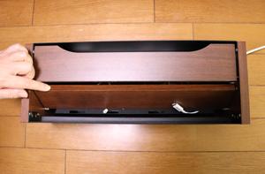 収納ボックス 斜板ガタつく